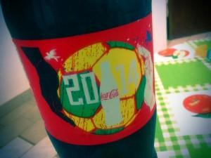 パラグアイで見つけたワールドカップ関連グッズ(コカ・コーラ) a World Cup-related good founded in Paraguay (Coca-Cola)