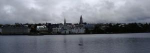 アイスランドの首都のレイキャビクの背景