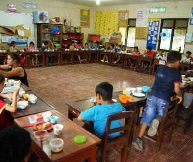 Colegio San Juan: Los materiales educativos en las clases y el mapa de Japón